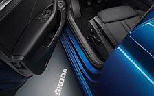 Обои автомобили Skoda Octavia - 2020